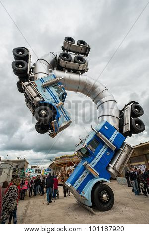 Big Rig Gig By Mike Ross At Banksy's Dismaland Bemusement Park.