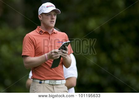 WENTWORTH, ENGLAND. 23 MAY 2009.David Horsey (GBR) checks his score card playing in the 3rd round of the European Tour BMW PGA Championship.