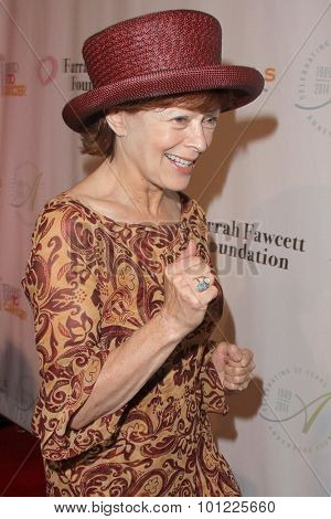 LOS ANGELES - SEP 9:  Frances Fisher at the Farrah Fawcett Foundation 1st Tex-Mex Fiesta at the Wallis Annenberg Center for the Performing Arts on September 9, 2015 in Beverly Hills, CA