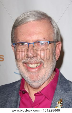 LOS ANGELES - SEP 9:  Leonard Maltin at the Farrah Fawcett Foundation 1st Tex-Mex Fiesta at the Wallis Annenberg Center for the Performing Arts on September 9, 2015 in Beverly Hills, CA