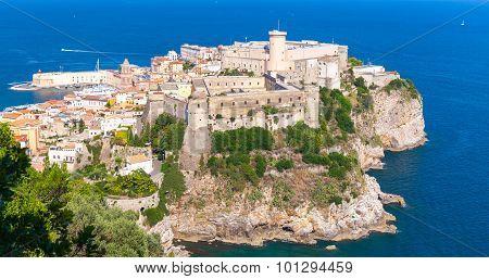 Massive Aragonese-angevine Castle On The Hill