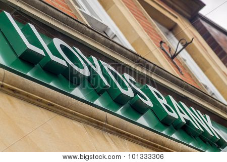 Lloyds Bank High Street Banking Sign