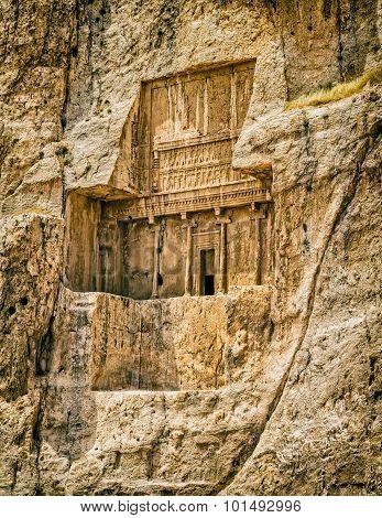 Naqsh-e Rustam tomb
