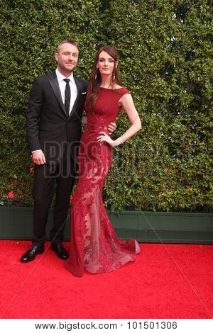 LOS ANGELES - SEP 12:  Chris Hardwick, Lydia Hearst at the Primetime Creative Emmy Awards Arrivals at the Microsoft Theater on September 12, 2015 in Los Angeles, CA