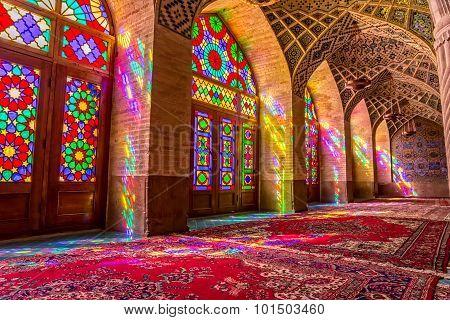 Nasir Al-Mulk Mosque praying room atmosphere