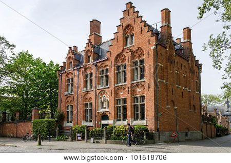 Bruges, Belgium - May 11, 2015: People Around The Beguinage (begijnhof) In Bruges