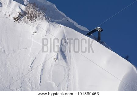 Gas cannon for reclamation avalanches, winter mountain