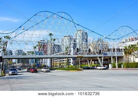LONG BEACH, CA - FEBRUARY 21, 2015: Pedestrian bridge over Shoreline Drive, Long Beach. The bridge mimics the legendary Cyclone Racer roller coaster, once a feature of the city's waterfront.
