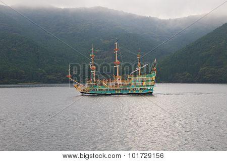 Kanagawa Tokyo Japan-september 10 : Prirate Sigh Seeing  Boat In Hagone Lake Important Traveling Des