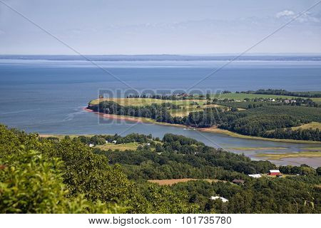 View of the Annapolis Valley and the shores of the Bay of Fundy in rural Nova Scotia, Canada.