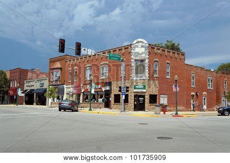 Building in Downtown Morris
