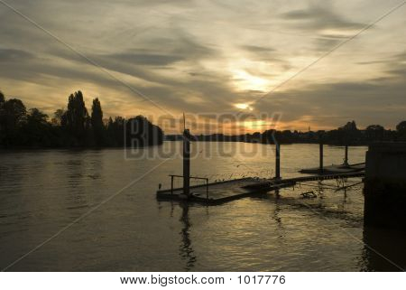 river thames at hammersmith looking west sunset