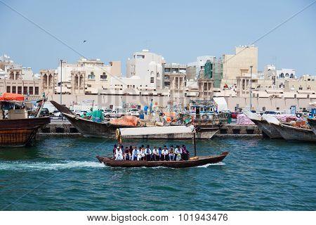 Water Taxi (abra), Dubai Creek