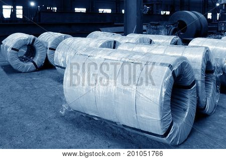 Steel structure of the factory raw materials well-packed steel.