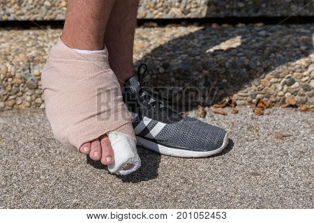 Bandaged right foot and toe injury - close-up