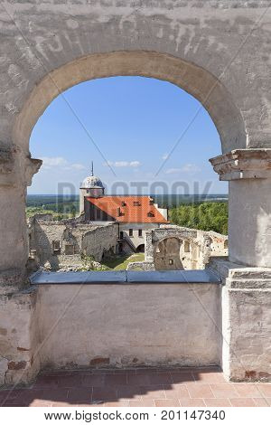 JANOWIEC - POLAND AUGUST 9 2017: View on ruins of 16th century renaissance castle. In 1975 the object was bought by the Museum of Vistula River and since 1993 it has been gradually renovated