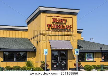 Kokomo - Circa August 2017: Ruby Tuesday Casual Restaurant Location. Ruby Tuesday is famous for its Salad Bar