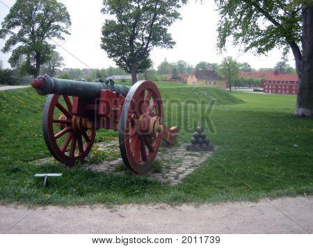 Cannon And Katellet In Copenhagen