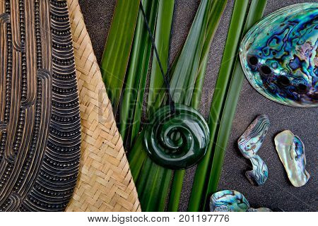 New Zealand - Maori Themed Objects - Mere And Greenstone Pendant With Flax Leaves And Abalone Shells