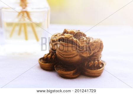 Good Luck Frog - The Frog as a Lucky Symbol. Chinese frog figurine