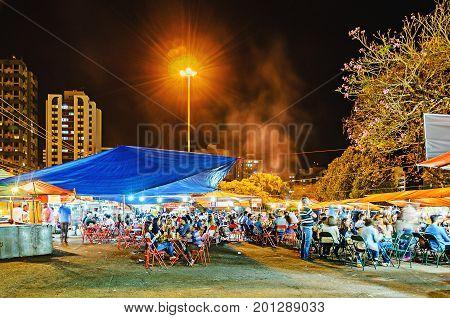 Outdoor Fair Called Feira Da Lua At Zerao In Londrina City