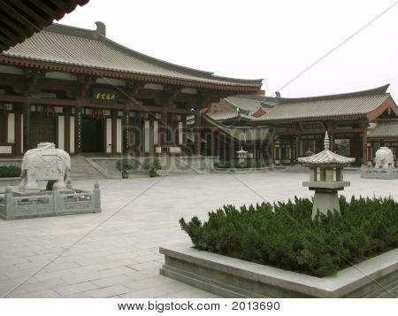 Luoyang Courtyard