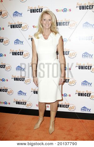 NEW YORK - OCTOBER 13: Sandra Lee attends the 60th Anniversary of Trick-or-Treat for UNICEF at The Xchange on October 13, 2010 in New York City.