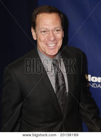 NEW YORK - NOV 11: Joe Piscopo attends the 8th Annual Joe Torre Safe at Home Foundation Gala at Pier Sixty at Chelsea Piers on November 11, 2010 in New York City.