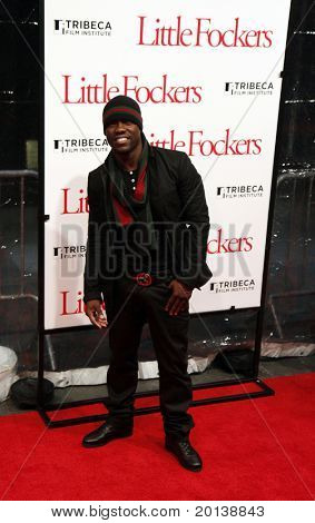 "NEW YORK - DECEMBER 15: Kevin Hart attends the world premiere of ""Little Fockers"" at the Ziegfeld Theatre on December 15, 2010 in New York City."