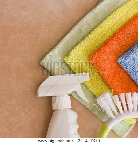 Microfiber nupkins and Cleaning agent and brush