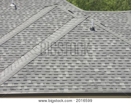 Luxury Home Roofline