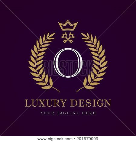 Luxury calligraphic letter O crown key monogram logo. Laurel elegant beautiful round logo with crown and key. Vector letter emblem O for Royalty, Restaurant, Boutique, Hotel, Heraldic, Jewelry