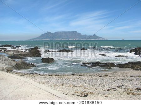 FROM BLOUBERG STRAND, CAPE TOWN, SOUTH AFRICA 40jh