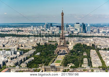 Skyline of Paris from the top of the Montparnasse tower. We can see the Eiffel Tower the trocadero ...