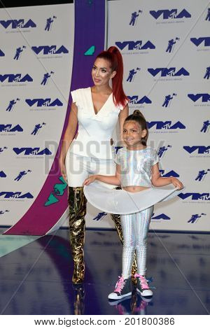 LOS ANGELES - AUG 27:  Farrah Abraham, Sophia Laurent Abraham at the MTV Video Music Awards 2017 at The Forum on August 27, 2017 in Inglewood, CA