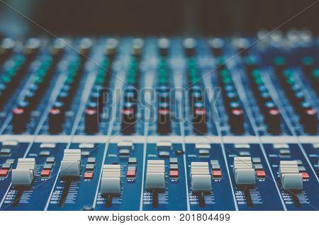 audio mixer music equipment vitnage film style