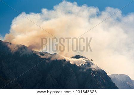 Promajna, Biokovo, Croatia, 24. August 2017 - Firefighting On Biokovo By Airtractor At-802.