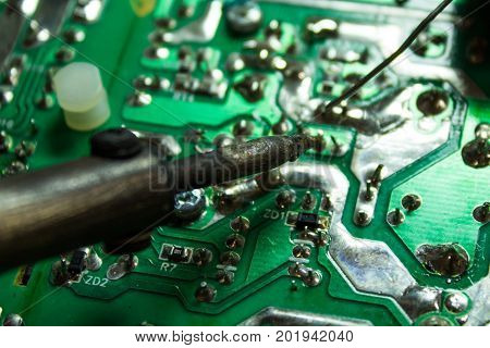 Technical Soldering Of Chips Using A Soldering Iron