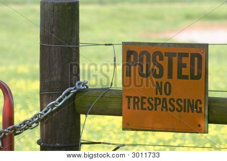 No Tespassing