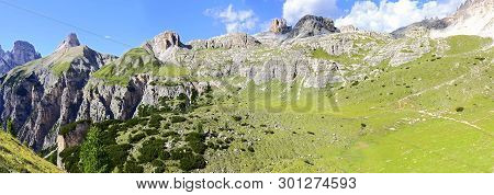Wonderful View Of The Dolomites - Trentino Alto Adige On The National Park Sexten Dolomites (italy)