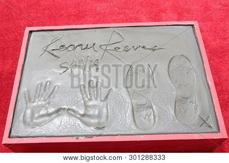 LOS ANGELES - MAY 14:  Keanu Reeves Hand and Foot Prints at the Keanu Reeves Hand and Foot Print Ceremony at the TCL Chinese Theater IMAX on May 14, 2019 in Los Angeles, CA