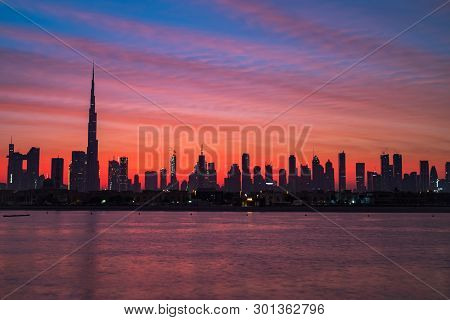 Mythical Morning, Sunrise Or Dusk In Dubai. Dawn, Morning, Sunrise Or Dusk Over Modern City. Beautif