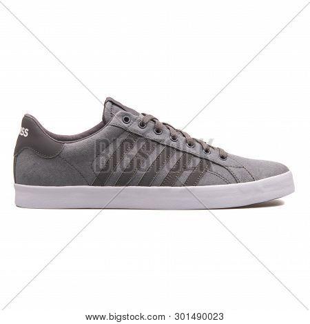 Vienna, Austria - August 10, 2017: K-swiss Belmont So T Hvy Cvs Grey Sneaker On White Background.