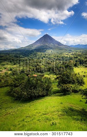 Scenic view of Arenal Volcano in central Costa Rica
