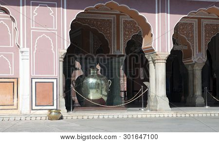 Jaipur, Rajasthan - January 29, 2014: A Huge Jar Of Silver, Where The Water Of The Ganges River Was
