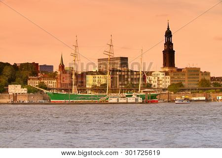 Hanburg, Germany- August 12, 2015: Historical Sailing Ship Rickmer Rickmers In Hamburg. It Is A Thre