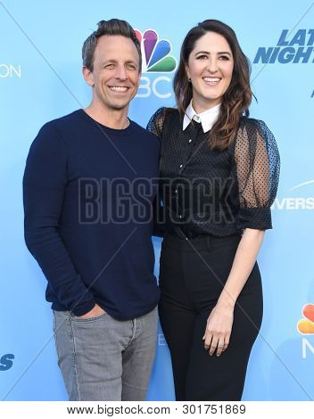 LOS ANGELES - MAY 17:  Seth Meyers and D'Arcy Carden arrives for the 'Late Night with Seth Meyers' FYC on May 17, 2019 in North Hollywood, CA