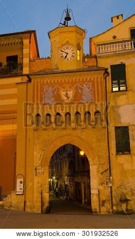 Finalborgo, Liguria, Italy. 24th October 2018. The Attractive Mediaeval Gateway Into The Old Town, B