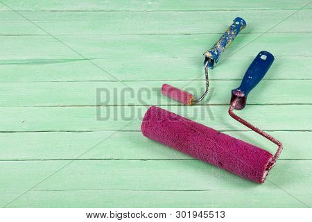 Paint Roller , Professional Repairing Implements For Decorating And Building Renovation Set On The W