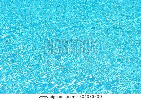 Swimming Courses. Sea Background. Malibu Beach Life. Sea Water Background. Underwater. Summer Vacati